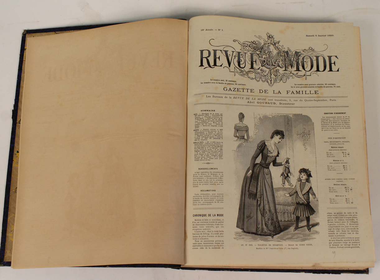 mode revue de mode x12 forts volumes reli s 1886 1899 nombreuses gravures et planches. Black Bedroom Furniture Sets. Home Design Ideas