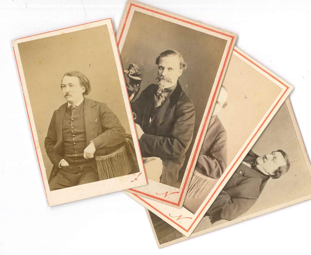Photographies 17 Anciennes Formats Cartes De Visite
